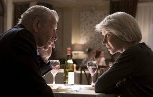 """Ian McKellen quer dar um golpe em Helen Mirren no trailer de """"A Grande Mentira"""""""