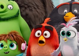 """Pássaros e porcos se unem para salvar o mundo em novo trailer de """"Angry Birds 2""""!"""
