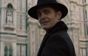 """Berlín aparece vivíssimo no trailer da 3ª temporada de """"La Casa de Papel""""; vem ver!"""