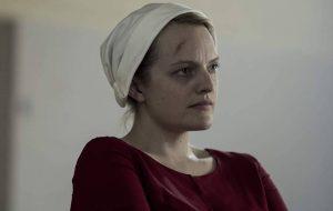 "Elisabeth Moss discute se o final de ""The Handmaid's Tale"" será feliz: ""Depende"""