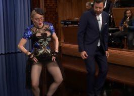 Madonna ensina a dança do chá-chá-chá ao Jimmy Fallon e brinca que eles deveriam casar!