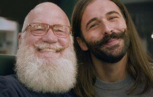 David Letterman e Jonathan Van Ness vão juntos à barbearia para falar sobre direitos LGBTQI+