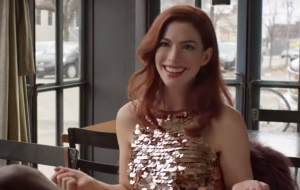 """Modern Love"", série com Anne Hathaway, ganha primeiro teaser; vem ver!"