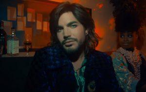 """Adam Lambert conta como ficou frustrado por """"tudo soar igual"""" na música pop"""