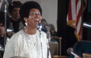 """""""Amazing Grace"""", da Aretha Franklin, é um dos documentários mais bonitos e poderosos que já vi na vida"""