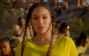 "Entre cenários incríveis, Beyoncé enaltece a cultura africana no clipe de ""Spirit""!"