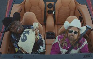 Lil Nas X empata com Mariah Carey e completa 16 semanas em #1 na parada Hot 100