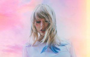 """Taylor Swift lançará clipe de """"Lover"""" na semana que vem em parceria especial com o YouTube"""