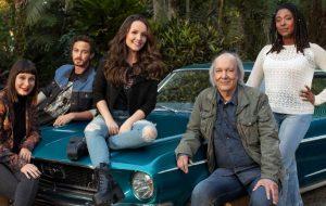 """""""Modo Avião"""": Larissa Manoela e Erasmo Carlos serão protagonistas de novo filme da Netflix!"""