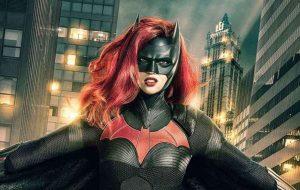 Batwoman terá namoradas na série, garante produtora