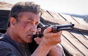 """""""Rambo: Até o Fim"""" ganha teaser cheio de ação e retorno do veterano à luta"""