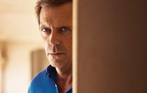 """Hugh Laurie vai interpretar político esperto em """"Roadkill"""", nova série da BBC"""
