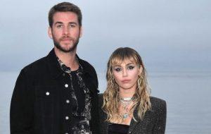Miley Cyrus fez de tudo para que seu casamento desse certo, diz revista