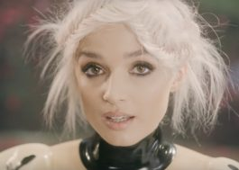 "Poppy flerta com o heavy metal no clipe do single ""Concrete"""