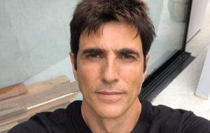 """""""Minha sexualidade não cabe numa gaveta"""", diz Reynaldo Gianecchini"""