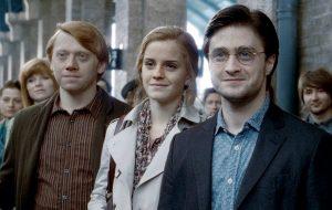 """J.K. Rowling indica que """"Harry Potter e a Criança Amaldiçoada"""" ganhará novo projeto"""
