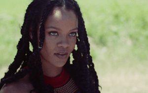 Rumor: Rihanna pode interpretar a vilã Hera Venenosa em um filme