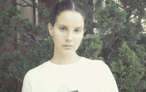 Lana Del Rey revela vontade de fazer um álbum só com covers acústicos!