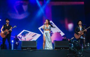 Melim e Carolina Deslandes cantam no Rock in Rio e fazem manifesto contra o preconceito