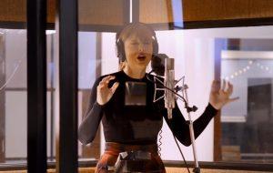 """Taylor Swift grava música inédita para """"Cats"""" em vídeo dos bastidores do filme"""