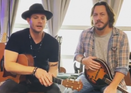 "Jensen Ackles, de ""Supernatural"", lançará álbum com Steve Carlson em novembro!"