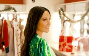 Kacey Musgraves lançará especial de Natal com Lana Del Rey, Troye Sivan e mais!