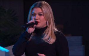 Talk show de Kelly Clarkson ganhará 2ª temporada