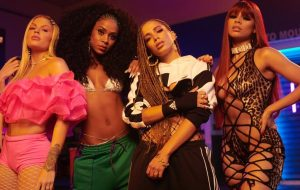 """Anitta reúne Lexa, Luísa Sonza e Mc Rebecca no clipe poderoso de """"Combatchy""""!"""