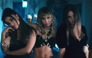 "Comentando faixa a faixa a trilha sonora de ""As Panteras"", produzida por Ariana Grande"