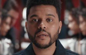 "The Weeknd lançará a música ""Blinding Lights"" na sexta-feira (29)"