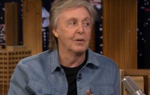 Paul McCartney elogia Billie Eilish e diz que os Beatles eram melhores que Rolling Stones