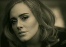 Empresário de Adele confirma lançamento de novas músicas ainda em 2020
