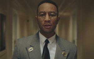 "John Legend lança a romântica ""Bigger Love"""