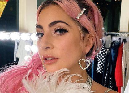 Gaga registra duas novas músicas