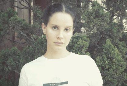 Lana cancela turnê após perder a voz