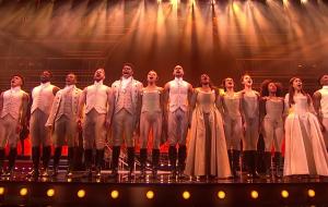 """Disney lançará filmagem profissional do musical """"Hamilton"""" nos cinemas!"""
