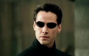 """""""Matrix 4"""": Keanu Reeves é flagrado gravando cenas nas ruas de São Francisco"""