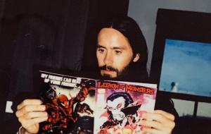 "Jared Leto compartilha foto dos bastidores das refilmagens de ""Morbius"""