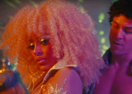 "Doja Cat é uma diva da era disco no clipe de ""Say So"""