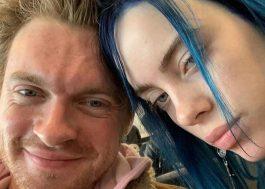 """Jornal comenta sobre a busca da próxima Billie Eilish e Finneas responde: """"Ela é única"""""""