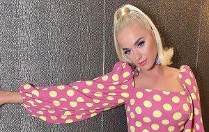 Katy Perry volta a confirmar novo álbum e diz que terá foco em saúde mental e felicidade