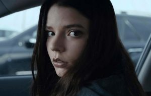 "Anya Taylor-Joy pode atuar em filme derivado de ""Mad Max"""