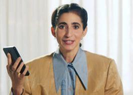 """Alba Flores comenta teorias dos fãs de """"La Casa de Papel"""" em novo vídeo da Netflix"""