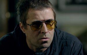 Liam Gallagher diz que Oasis precisa fazer um show de retorno quando a pandemia cessar