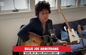 """Billie Joe Armstrong, do Green Day, canta versão acústica de """"Wake Me Up When September Ends"""" no """"Together At Home"""""""