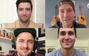 """Elenco de """"Big Time Rush"""" se encontra em videochamada e fãs apostam em reunião"""