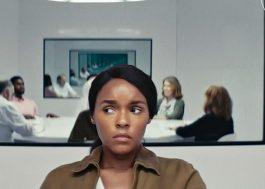 """Janelle Monáe aparece nas primeiras fotos da 2ª temporada de """"Homecoming""""; veja"""