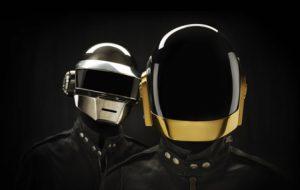 """Daft Punk fará a trilha sonora de """"Occhiali Neri"""", o novo filme de Dario Argento"""
