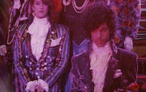 """Prince: show histórico da turnê """"Purple Rain"""" será exibido em live nesta quinta (14)"""