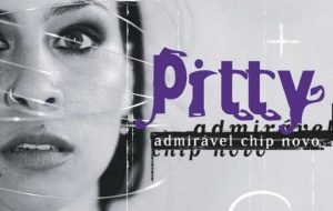 """Pitty fará live nesta quinta-feira (7), às 21h, para comemorar 17 anos de """"Admirável Chip Novo"""""""